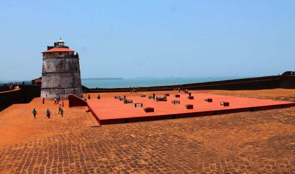 1.Fort-Aguada